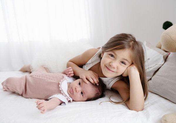 Dicas para planejar o ensaio de Natal em família, ensaio de natal irmãos, ensaio de natal com crianças, decoração de natal
